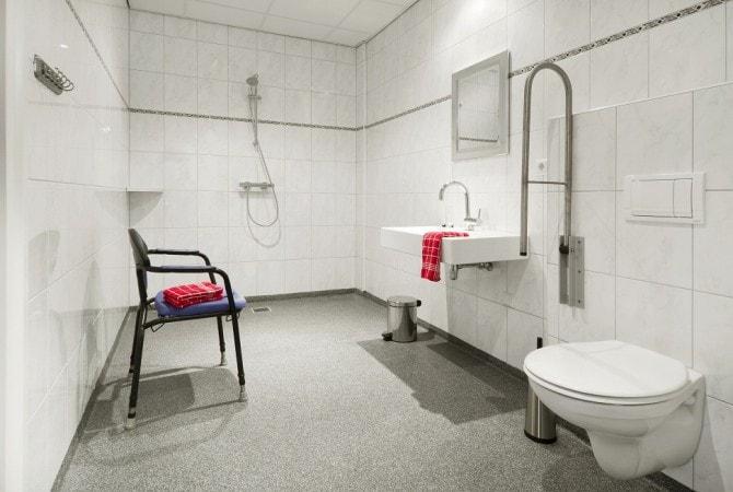 Grote badkamer de Leilinde zorg